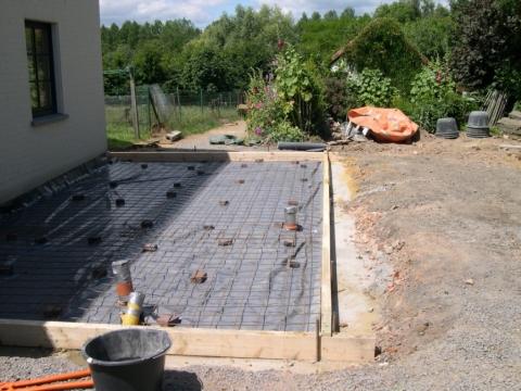 Entreprise de installation de drains dispersant en r gion for Chape terrasse exterieure